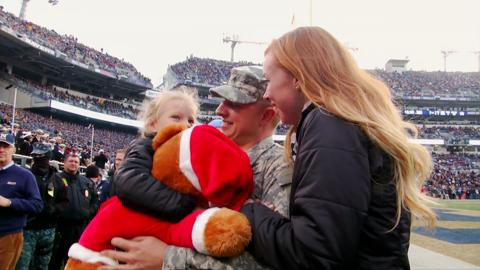 Military-Family-Reunited-During-2014-Army-Navy-Game-BRoll-Package-2