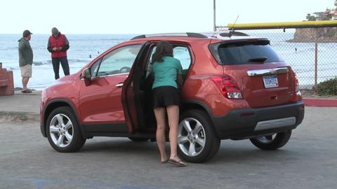 2015-Chevy-Trax-Running-and-Lifestyle-Action-B-Roll